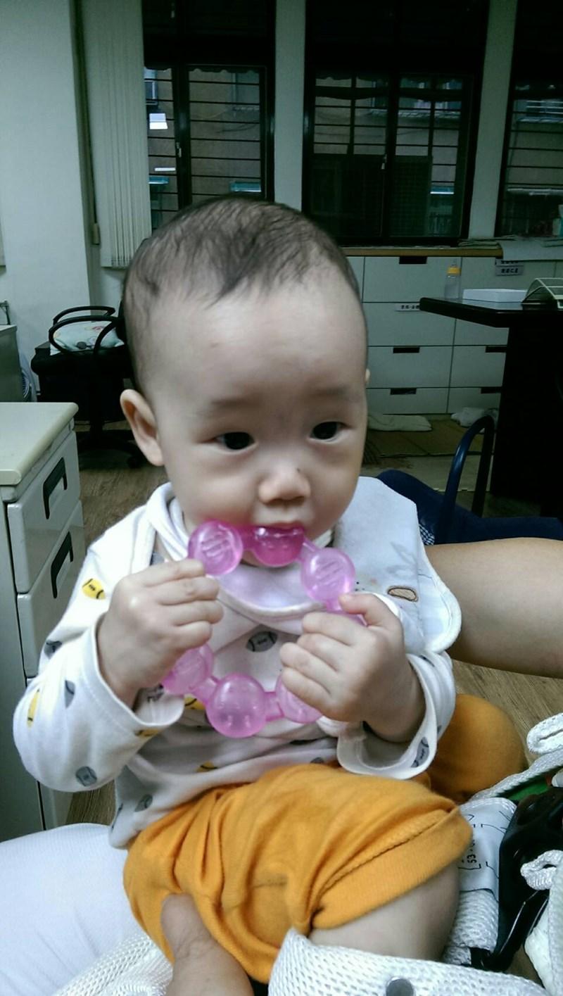 i baby爱宝贝亲子网的试用活动,lucky baby冰凉固齿器,    收到这个